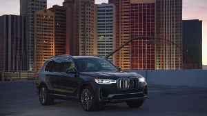BMW X7 ZeroG Lounger Design Preview [Video]