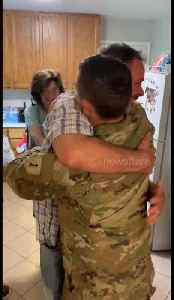 US dad left in tears after soldier surprises his family on Christmas Day weeks before deployment [Video]