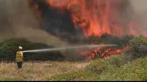 Australians urged to evacuate as monster bushfires regenerate [Video]