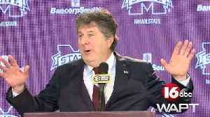The best of Mike Leach's introductory press conference [Video]