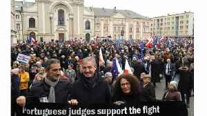 News video: Hundreds of judges and lawyers join Warsaw protest against Polish 'muzzle-law'
