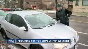 WI residents finish last-minute tasks ahead of snowstorm [Video]