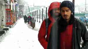 Flight operations disrupted after snowfall In Kashmir [Video]