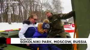 Muscovites get a chance to take on toy tanks [Video]