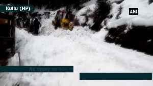 Snowfall blocks 609 roads, disrupts power and water supply in Himachal Pradesh [Video]