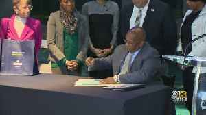 Baltimore Mayor Young Signs 'The Bag Bill' Into Law [Video]