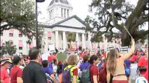 Teachers rally in Tallahassee [Video]
