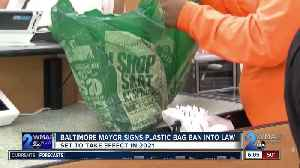 Young signs Baltimore's plastic bag ban into law [Video]