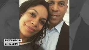 Dating a top Senator is a 'big commitment' for Rosario Dawson [Video]