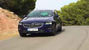 The new Opel Insignia Grand Sport Driving Video [Video]