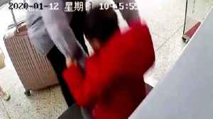 Hurried Chinese father accidentally puts his son onto security scanner conveyor belt at train station [Video]