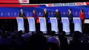 6 Democrats Take The Stage For The Last Debate Before Iowa Caucuses [Video]