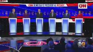 News video: 6 Democratic Candidates Take Stage In Final Debate Before Iowa Caucuses