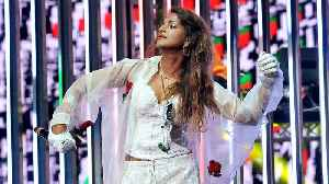 M.I.A. receives MBE medal from Prince William [Video]