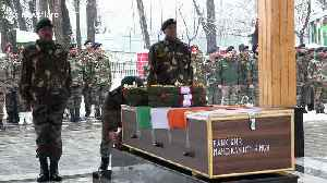 Indian army pays tribute to three soldiers killed in avalanche [Video]