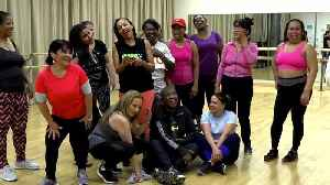 New Yorkers take free fitness classes to work on their New Year's resolutions [Video]
