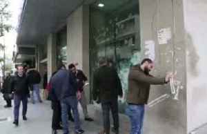 Banks in Lebanon are vandalised as economy freefalls [Video]