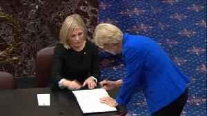 News video: Trump impeachment: Senators sworn in for Trump trial