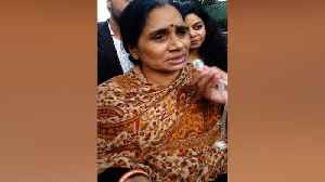 Can't react till convicts are hanged: Nirbhaya's mom [Video]