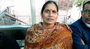 Nirbhaya's mother denies she is joining Congress [Video]