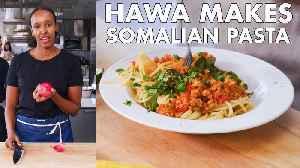 Hawa Makes Somalian Pasta (Suugo Suqaar) [Video]