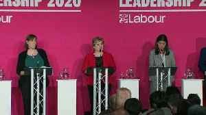 Labour leadership hopefuls clash over handling of antisemiti [Video]