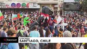 Anti-government protests continue in Chile [Video]