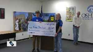 Oshkosh Officer Wissink honored with check presentation [Video]