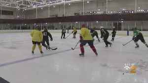 New Jersey Ice Rink Welcomes Blind Hockey League [Video]