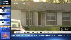 Deputies: Man shot, killed after assaulting 2 others with knife in Hillsborough County [Video]
