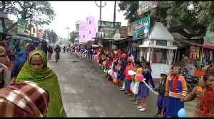 News video: Tens of millions form human chain in India's Bihar state in climate protest