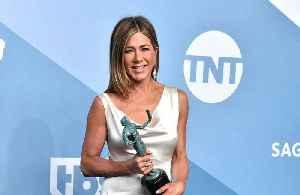 News video: Jennifer Aniston left shaking after win