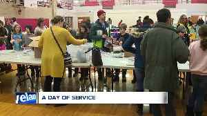 Shaker Heights students give back on MLK Day [Video]