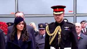 "Queen Elizabeth Saya Harry Can No Longer Use ""HRH"" Title [Video]"