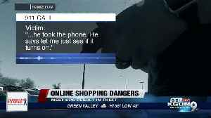 The dangers of selling something online: he met his 'buyer' and they stole his phone! [Video]