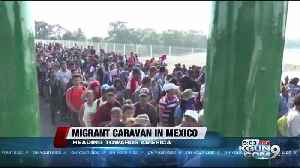 Mexico blocks hundreds of migrants from crossing border span [Video]
