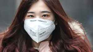 Cathay Pacific Agrees To Let Flight Attendants Wear Protective Masks In-Flight [Video]