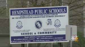 Gov. Cuomo Signs Bill To Appoint Monitors For Hempstead Schools [Video]