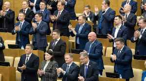 Russia's Duma unanimously approves Putin's constitution shake-up [Video]