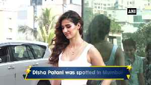 News video: Disha Patani, Aditya Roy Kapur snapped in Mumbai