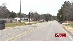 ALERT: Baldwin County deputies searching for prowler [Video]
