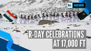 Watch: ITBP jawans celebrate Republic Day, hoist flag at 17,000 feet in Ladakh [Video]