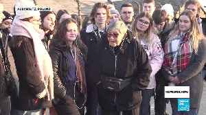 Auschwitz, 75 years on: Survivor returns to death camp to tell her story to a group of French students [Video]