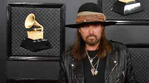 Billy Ray Cyrus Dedicates Grammy Wins To Kobe Bryant And Daughter [Video]