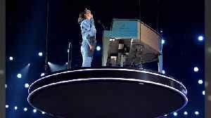 Alicia Keys inspired by Kobe Bryant's 'fighting spirit' during 2020 Grammy Awards [Video]