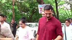 Aamir Khan THANKS Akshay Kumar For Shifting Bachchan Pandey's Release Date   Laal Singh Chaddha [Video]