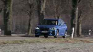 BMW X1 xDrive25e Driving on country road [Video]