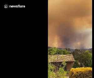 Hellish scenes in Australian Capital Territory as bushfires wreak havoc [Video]