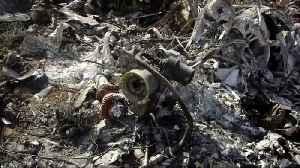 NTSB sifts through wreckage at Kobe Bryant crash site [Video]