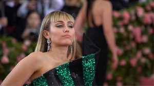 Miley Cyrus hints at why she wasn't Invited to the 2020 Grammys [Video]